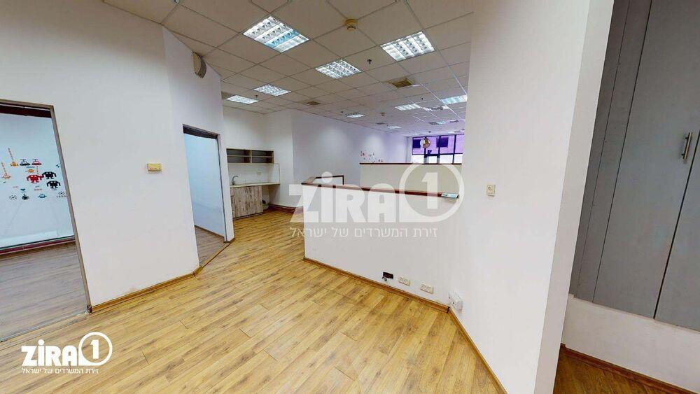משרד בבניין בית הרמלין | קומה 0 | שטח 110מ״ר  | תמונה #0 - 1