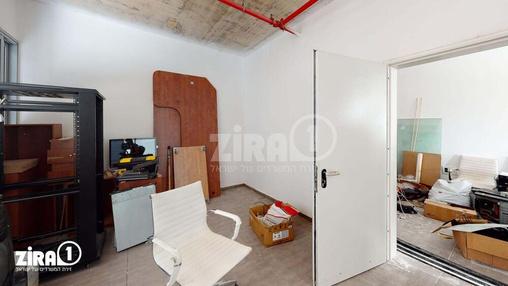 משרד בבניין בית פתן | קומה 3 | שטח 40מ״ר  | תמונה #15 - 1