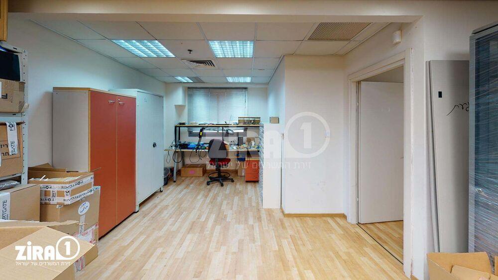 משרד בבניין בית זמיר | קומה 3 | שטח 150מ״ר  | תמונה #0 - 1