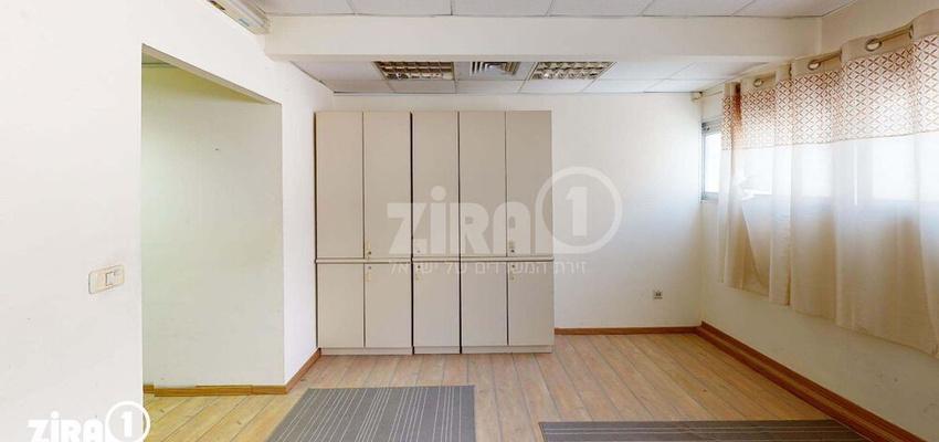 משרד בבניין בית מטלון | קומה 3 | שטח 70מ״ר  | תמונה #0 - 1