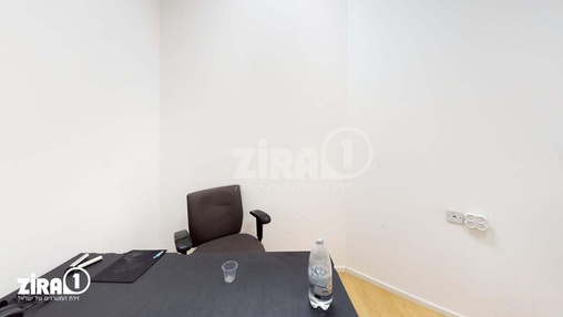 משרד בבניין בית אקסודוס | קומה 2 | שטח 10מ״ר  | תמונה #21 - 1