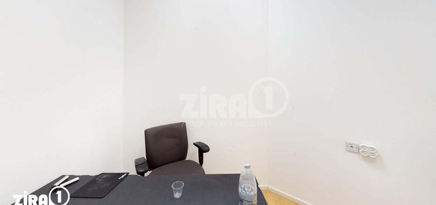 משרד בבניין בית אקסודוס | קומה 2 | שטח 10מ״ר  | תמונה #0 - 1