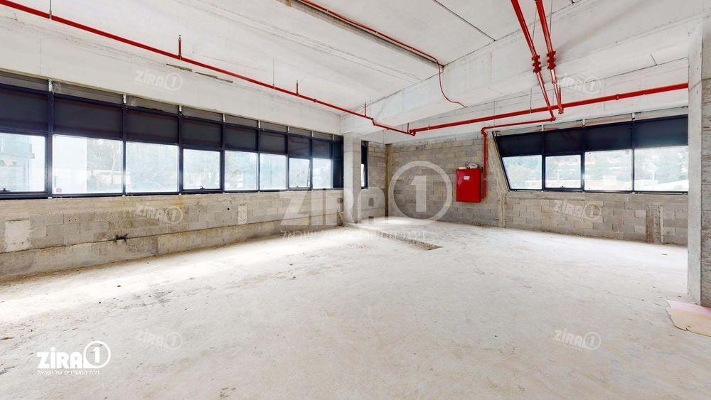 משרד בבניין התנופה 5 | קומה 2 | שטח 1300מ״ר  | תמונה #0 - 1