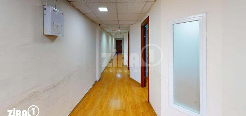 משרד בבניין מרכז שטנר   קומה 2   שטח 85מ״ר    תמונה #0 - 1