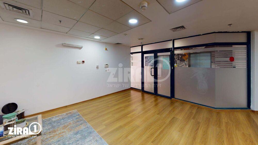 משרד בבניין בית הרמלין | קומה 3 | שטח 600מ״ר  | תמונה #0 - 1