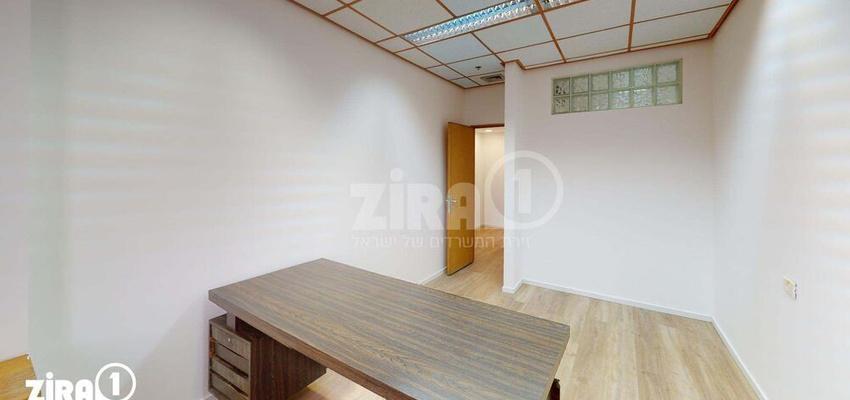 משרד בבניין בית זילברמינץ | קומה 3 | שטח 64מ״ר  | תמונה #0 - 1