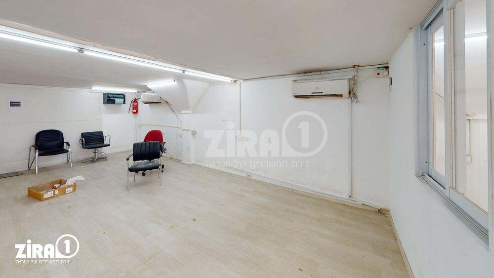משרד בבניין מרכז שטנר | קומה: 3 | שטח 67 תמונה | מ׳׳ר #5 - 1