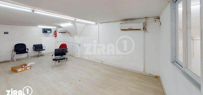 משרד בבניין מרכז שטנר   קומה 3   שטח 67מ״ר    תמונה #0 - 1