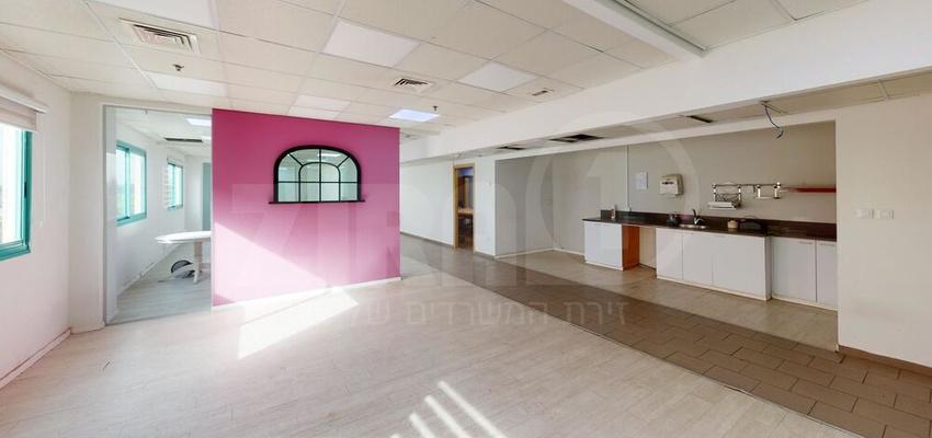 משרד בבניין הנגר 3 | קומה 3 | שטח 750מ״ר  | תמונה #0 - 1