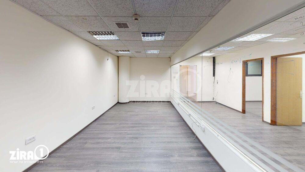 משרד בבניין בית מרדכי נתן | קומה 3 | שטח 92מ״ר  | תמונה #0 - 1