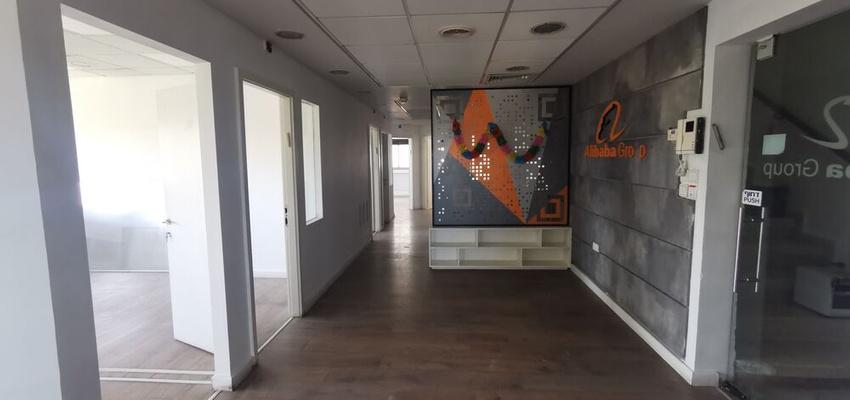 משרד בבניין הכשרת הישוב    קומה 3   שטח 195מ״ר    תמונה #0 - 1