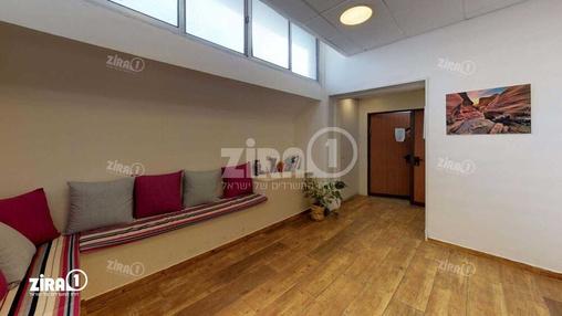 משרד בבניין בניין אדגר  | קומה 2 | שטח 200מ״ר  | תמונה #18 - 1