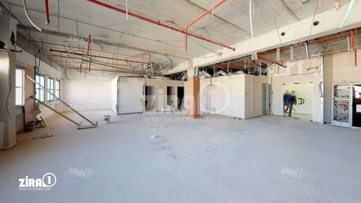 משרד בבניין בניין הצורף 9 | קומה 1 | שטח 300מ״ר  | תמונה #10 - 1