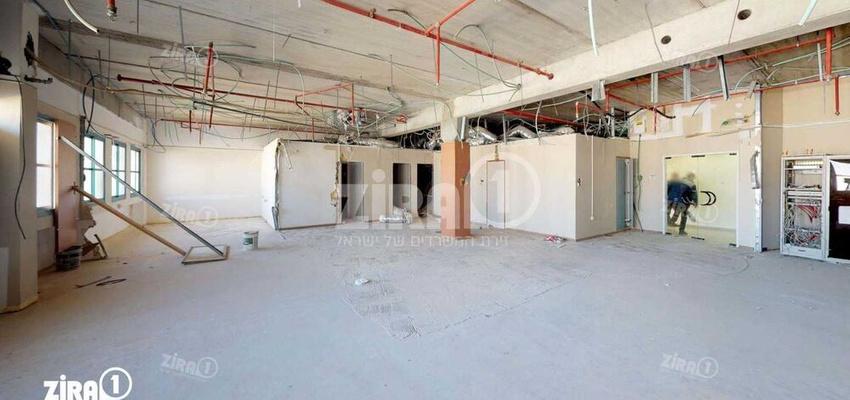 משרד בבניין בניין הצורף 9 | קומה 1 | שטח 300מ״ר  | תמונה #0 - 1
