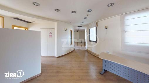 משרד בבניין המשביר 4  | קומה 4 | שטח 350מ״ר  | תמונה #7 - 1