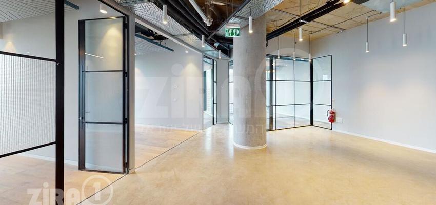 משרד בבניין מגדל ספיר   קומה 17   שטח nullמ״ר    תמונה #0 - 1