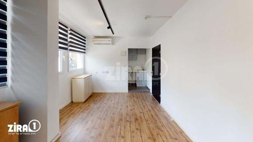 משרד בבניין ז'בוטינסקי 43   | קומה 2 | שטח 40מ״ר  | תמונה #1 - 1