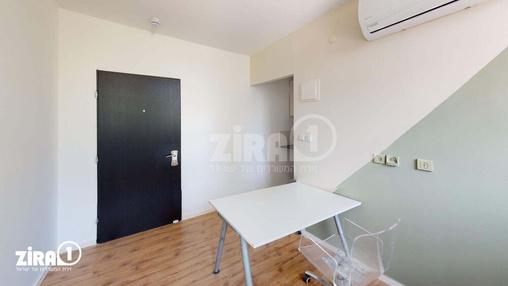 משרד בבניין ז'בוטינסקי 43   | קומה 3 | שטח 15מ״ר  | תמונה #0 - 1