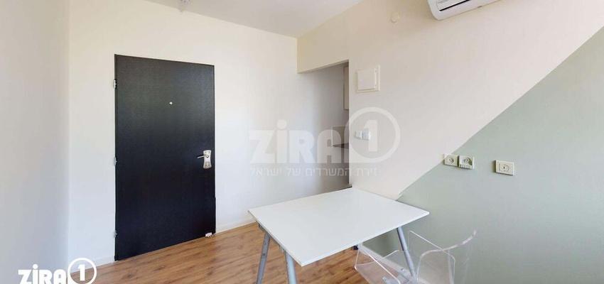 משרד בבניין ז'בוטינסקי 43     קומה 3   שטח 15מ״ר    תמונה #0 - 1