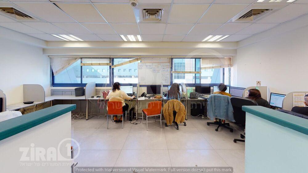 משרד בבניין מרכז אלרוד | קומה 3 | שטח 120מ״ר  | תמונה #0 - 1