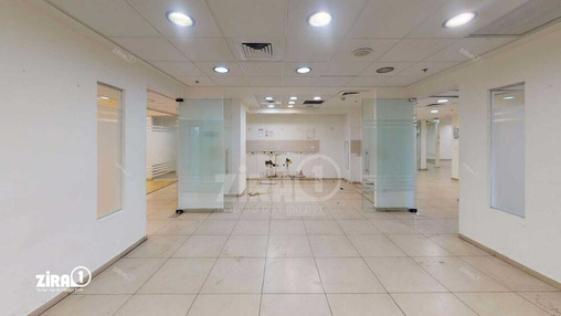 משרד בבניין בית אמצור | קומה 1 | שטח 1370מ״ר  | תמונה #13 - 1