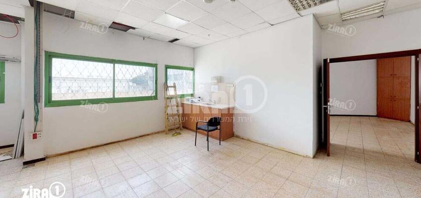 משרד בבניין בית דניאל | קומה 0 | שטח 100מ״ר  | תמונה #0 - 1