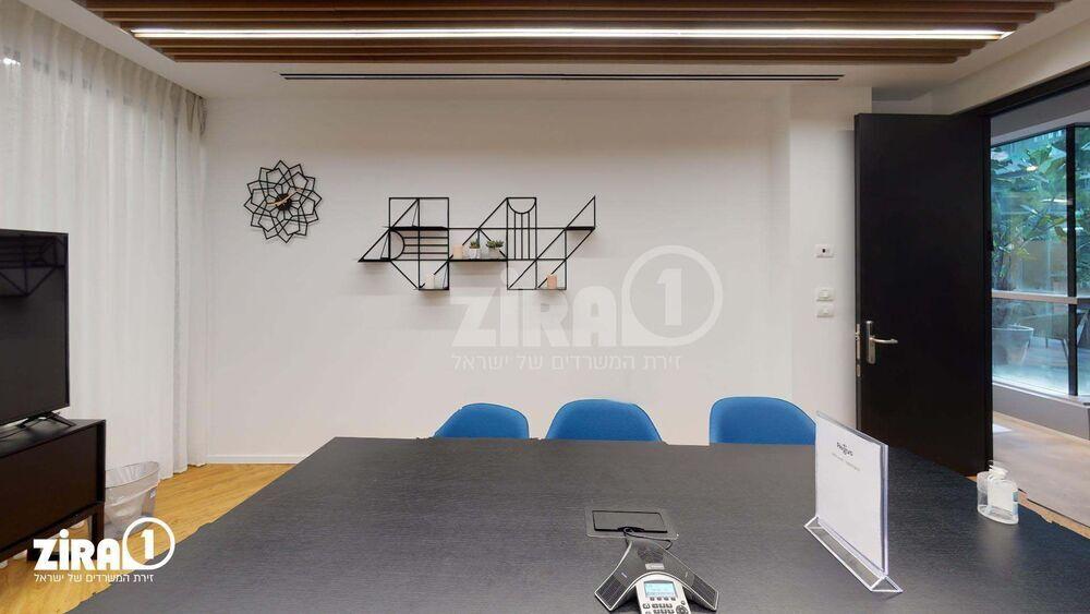Regus Netanya | חדר ישיבות ל-  1 - 6 אנשים  | תמונה #2 - 1