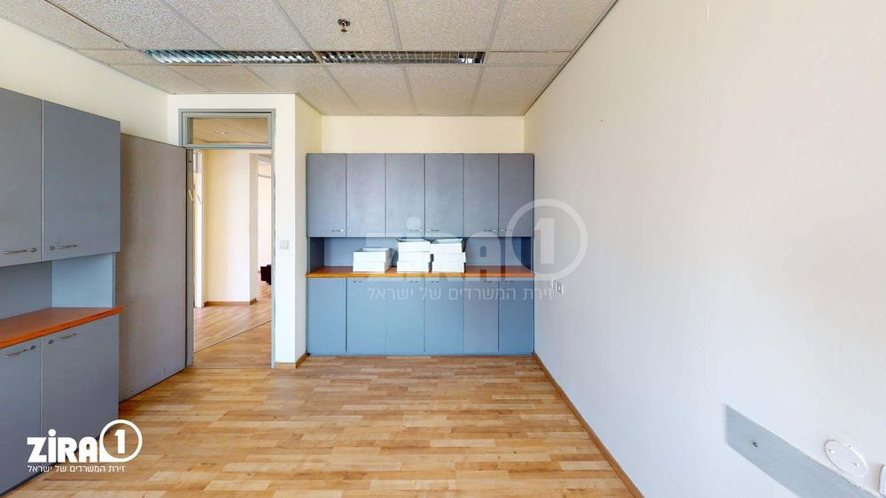 משרד בבניין בית שרבט | קומה 12 | שטח 119מ״ר  | תמונה #0 - 1