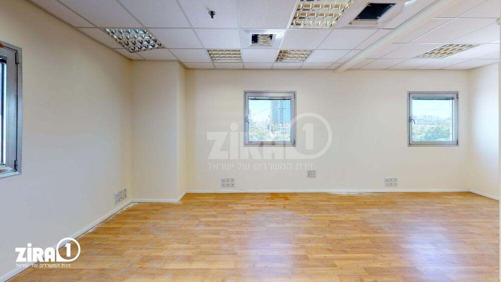 משרד בבניין בית דקלי אולימפיה | קומה 4 | שטח 242מ״ר  | תמונה #0 - 1