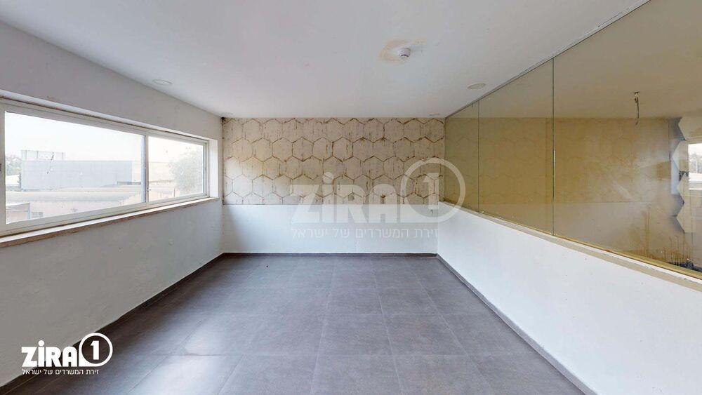 משרד בבניין המסגר 4   קומה 1   שטח 160מ״ר    תמונה #0 - 1