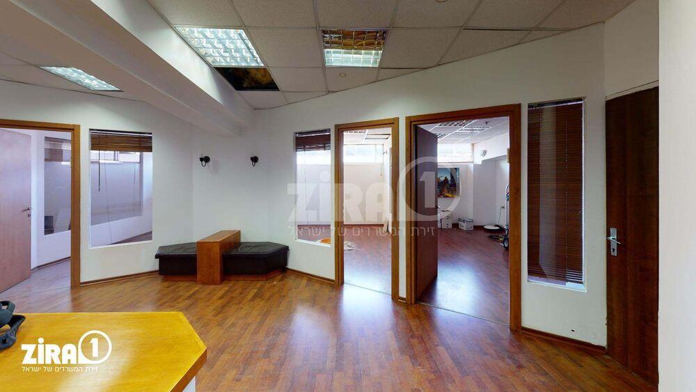 משרד בבניין בית מטלון | קומה 4 | שטח 144מ״ר  | תמונה #0 - 1