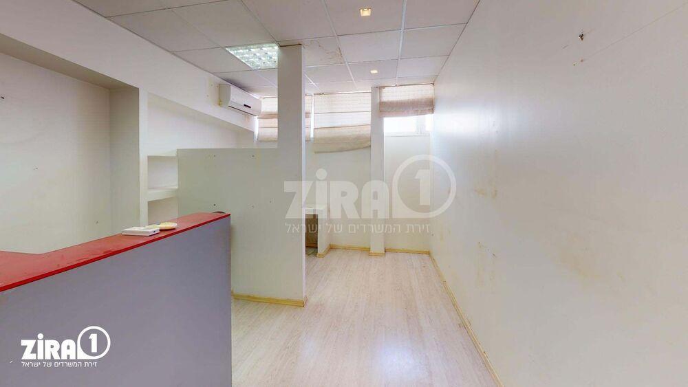 משרד בבניין בית מטלון | קומה 4 | שטח 48מ״ר  | תמונה #0 - 1