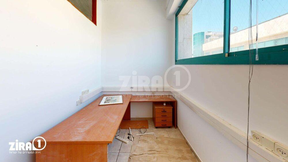 משרד בבניין יד חרוצים 4/התוכנה 7 | קומה 3 | שטח 204מ״ר  | תמונה #0 - 1