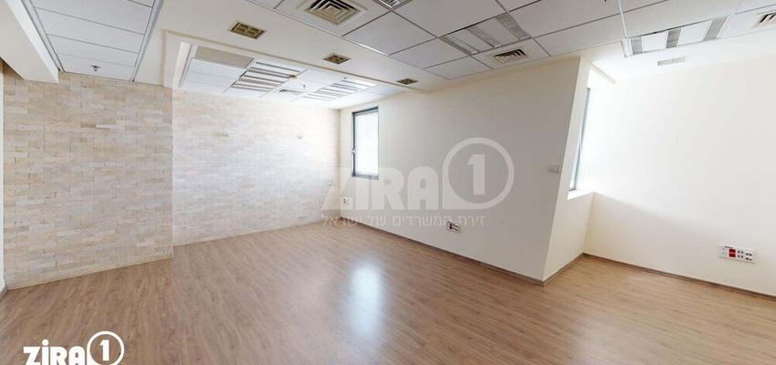 משרד בבניין בניין B4 קריית שדה התעופה   קומה 3   שטח 370מ״ר    תמונה #0 - 1