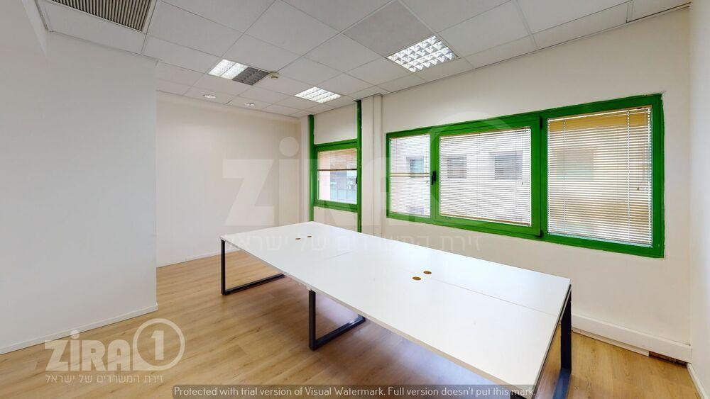 משרד בבניין בית שביט | קומה 3 | שטח 55מ״ר  | תמונה #0 - 1