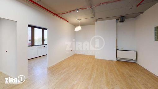 משרד בבניין בית זילברמינץ | קומה 4 | שטח 80מ״ר  | תמונה #1 - 1