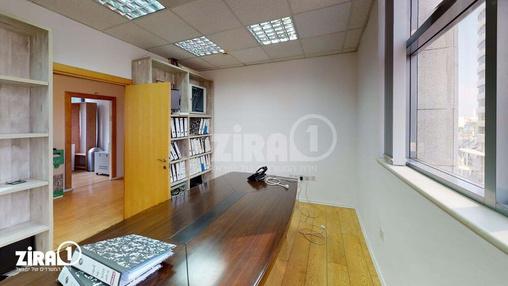 משרד בבניין הרקון 4 | קומה 4 | שטח 130מ״ר  | תמונה #2 - 1