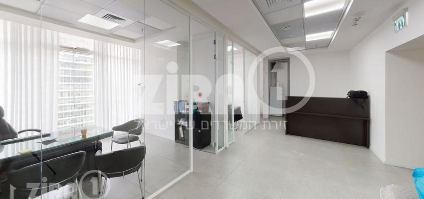 משרד בבניין בסר 4 | קומה 18 | שטח 100מ״ר  | תמונה #0 - 1