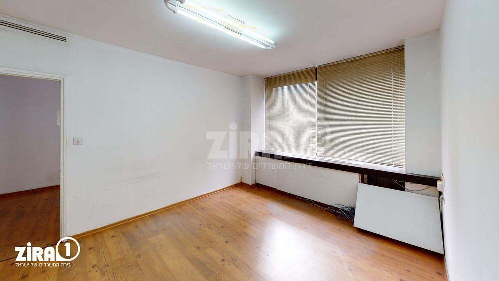 משרד בבניין שוהם 8    קומה 4   שטח 115מ״ר    תמונה #0 - 1