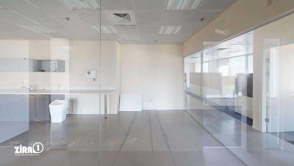 משרד בבניין אמות פלטינום | קומה 3 | שטח 1227מ״ר  | תמונה #0 - 1