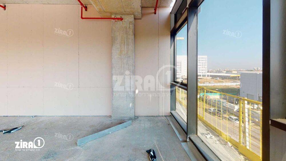 משרד בבניין K-CENTER | קומה 3 | שטח 233מ״ר  | תמונה #0 - 1