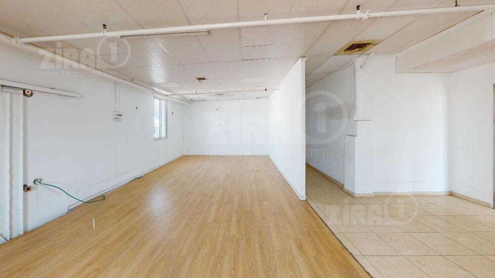 משרד בבניין הפלד 14 | קומה 0 | שטח 1700מ״ר  | תמונה #0 - 1