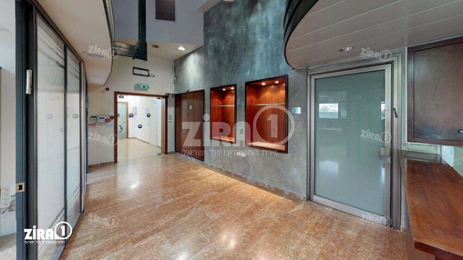 משרד בבניין בית אמרגד   קומה 0   שטח 436מ״ר    תמונה #17 - 1