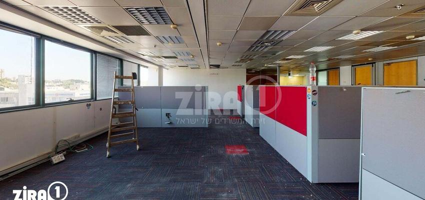 משרד בבניין הלויל סלע 2000   קומה 3   שטח 273מ״ר    תמונה #0 - 1