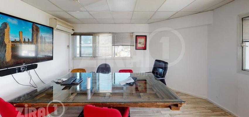 משרד בבניין האופן 5 | קומה 1 | שטח 350מ״ר  | תמונה #0 - 1