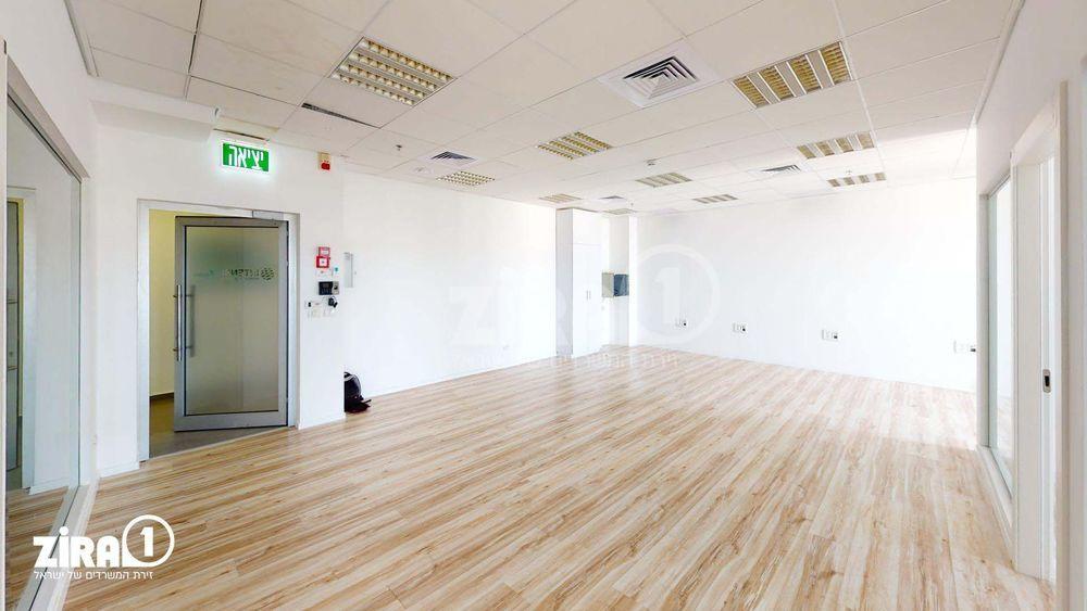 משרד בבניין בית עוגן   קומה 5   שטח 135מ״ר    תמונה #0 - 1
