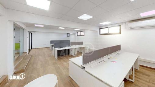משרד בבניין בית גיורא | קומה 2 | שטח 130מ״ר  | תמונה #9 - 1
