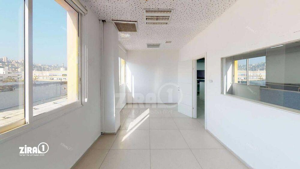 משרד בבניין שדרות ההסתדרות 60   קומה 3   שטח 270מ״ר    תמונה #0 - 1