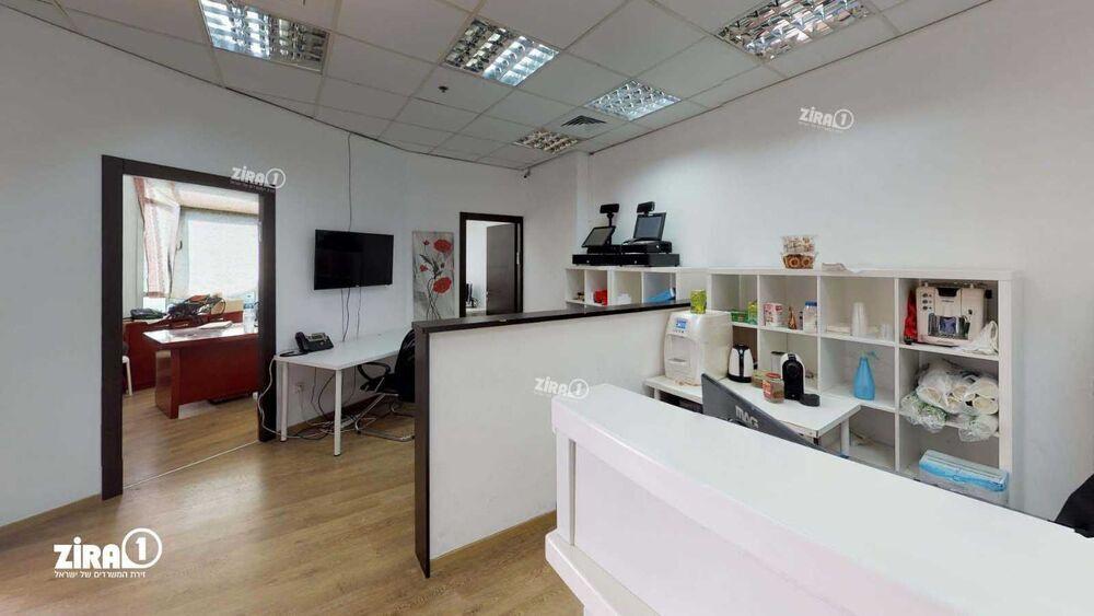 משרד בבניין בית אולימפיה | קומה 2 | שטח 90מ״ר  | תמונה #0 - 1