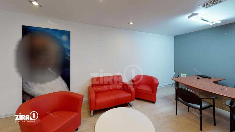משרד בבניין בית קיטל | קומה 0 | שטח 160מ״ר  | תמונה #0 - 1